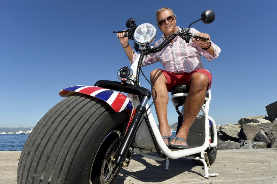 Vingt-cinq centimètres de large, il n'en fallait pas moins à Philippe Gaso pour donner un style inimitable aux pneus de son Fatbee.