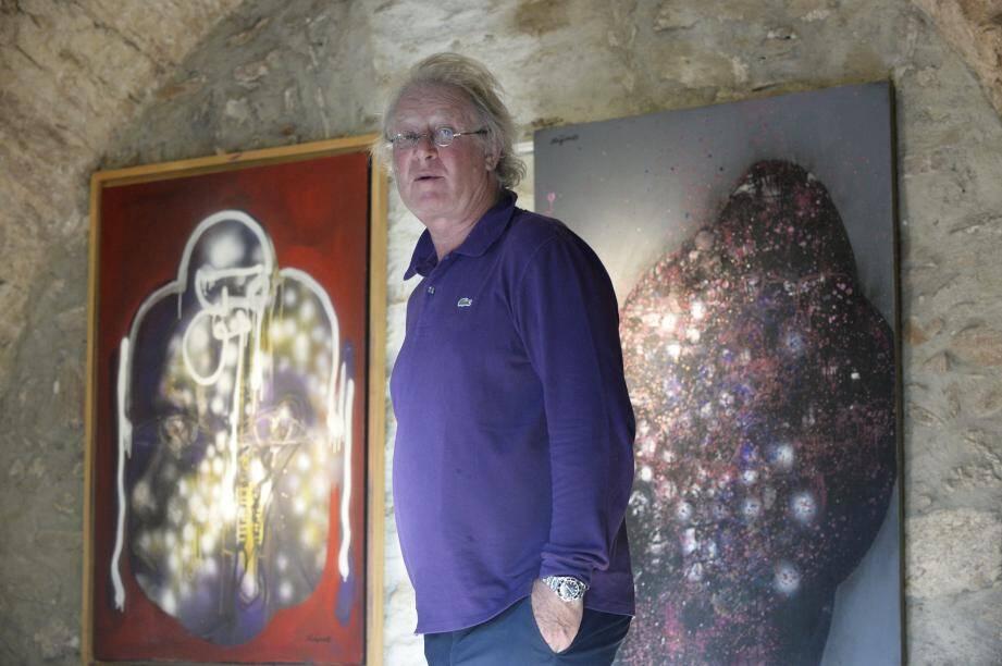 A l'étage supérieur de la chapelle, Jean-Pierre Rives expose également un ensemble d'œuvres de Ladislas Kijno, plus imposantes, qui lui appartiennent.