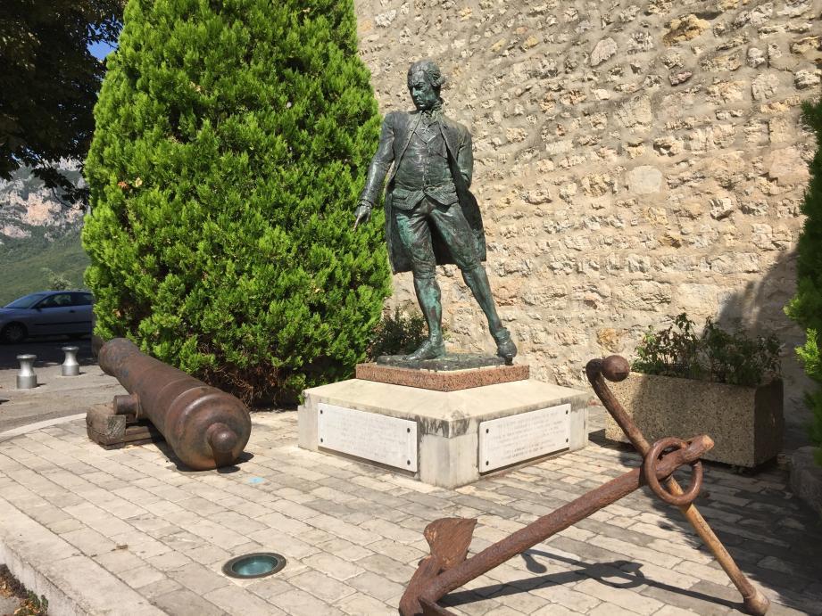 L'Amiral de Grasse, un des personnages rencontrés au fil de la visite.