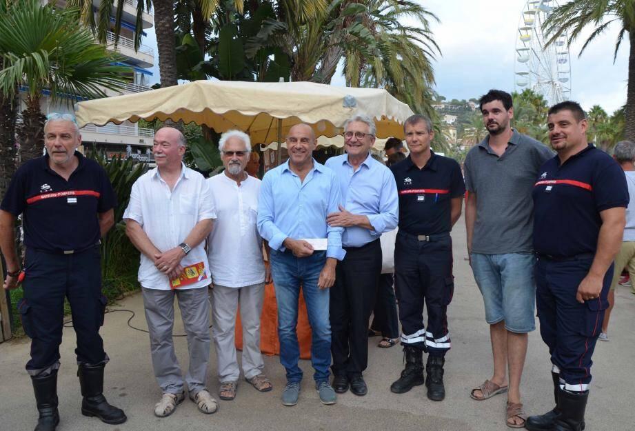 Artisans de Provence et pompiers réunis.
