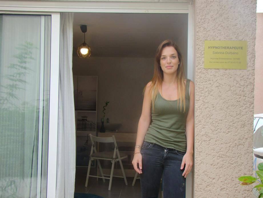 Sabrina reçoit à son cabinet ou se déplace à domicile pour les personnes âgées ou handicapées.