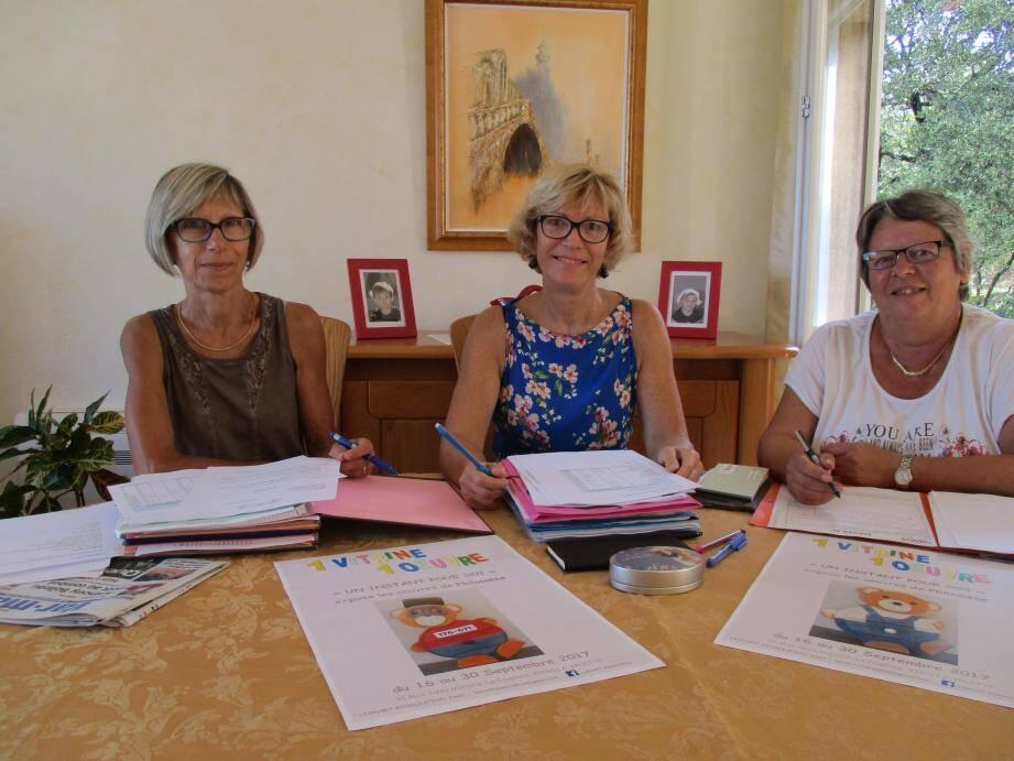 Ces trois Valettoises Christine Arnaubec, secrétaire de Léon'Art, Dominique Pagnacco, sa présidente, et Josie Luca, sa trésorière (de gauche à droite), recherchent un local pour leur jeune association.