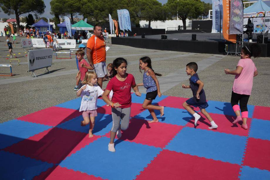 Les enfants ont pu s'essayer à seize activités sportives différentes.