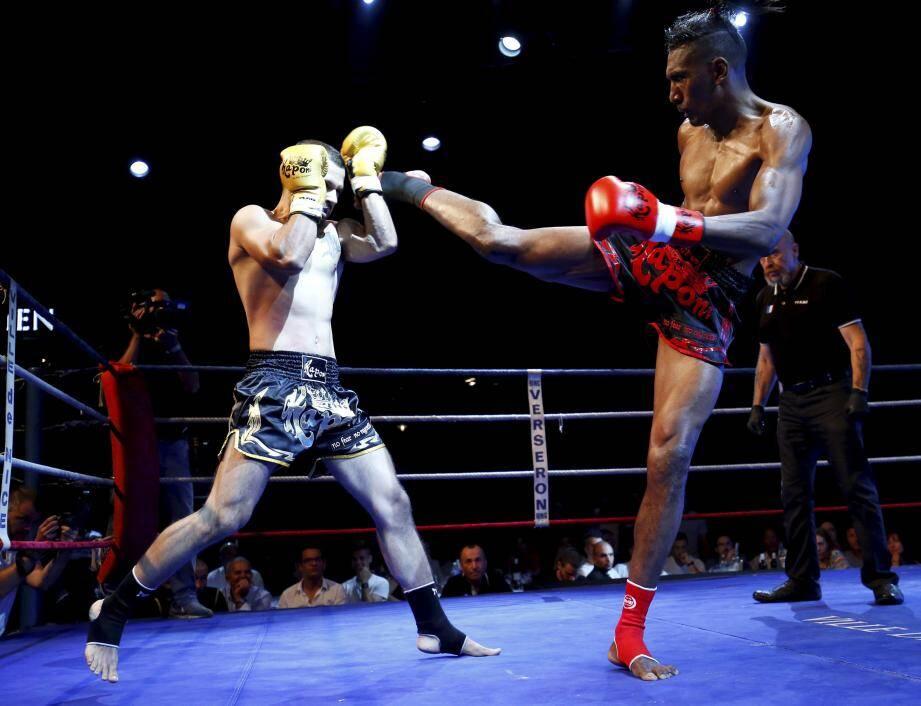 Intraitable, le Niçois Johny Tancray (à droite) est devenu champion du monde ISKA des 67 kg.