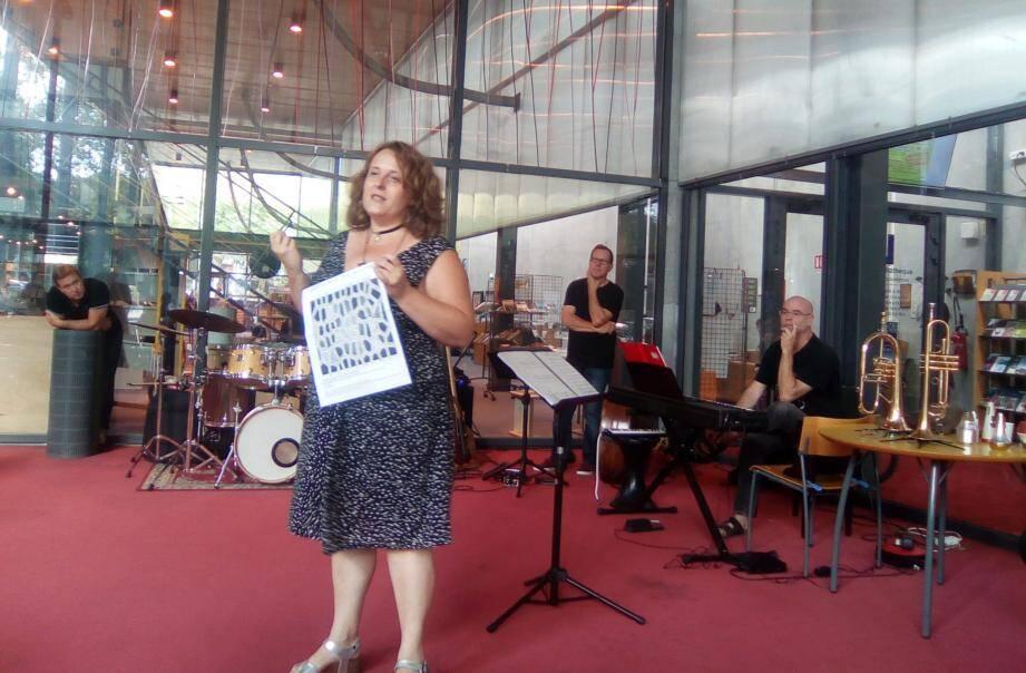La compositrice Marybel Dessagnes réactualise le mythe antique d'Ariane et le Minotaure.