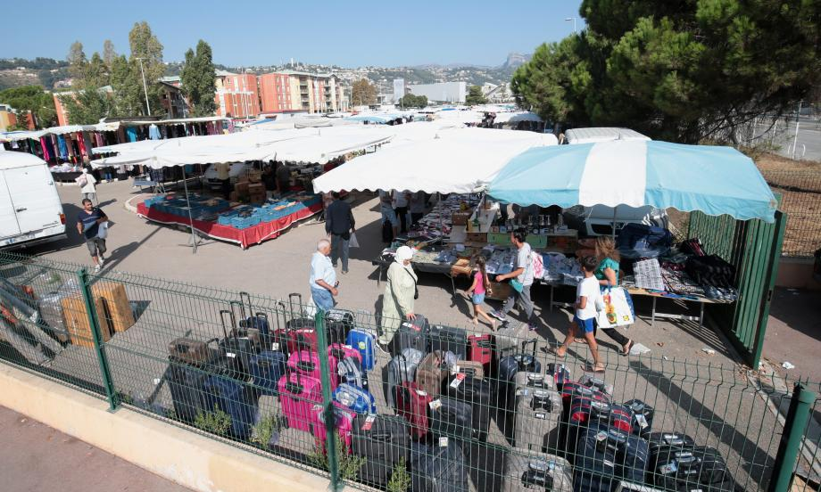 Hier, le marché de l'Oued a vécu ses derniers instants, en attendant d'être déplacé, près du Cadam.