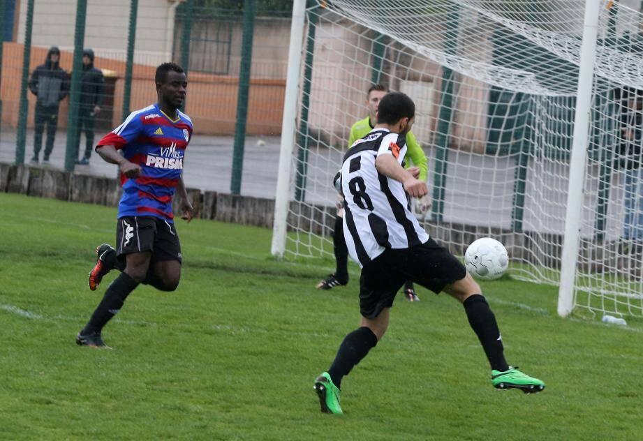 Les footballeurs dracénois attaqueront le championnat à domicile face à Val Durance.