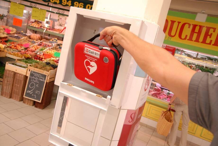 Image d'illustration d'un défibrillateur