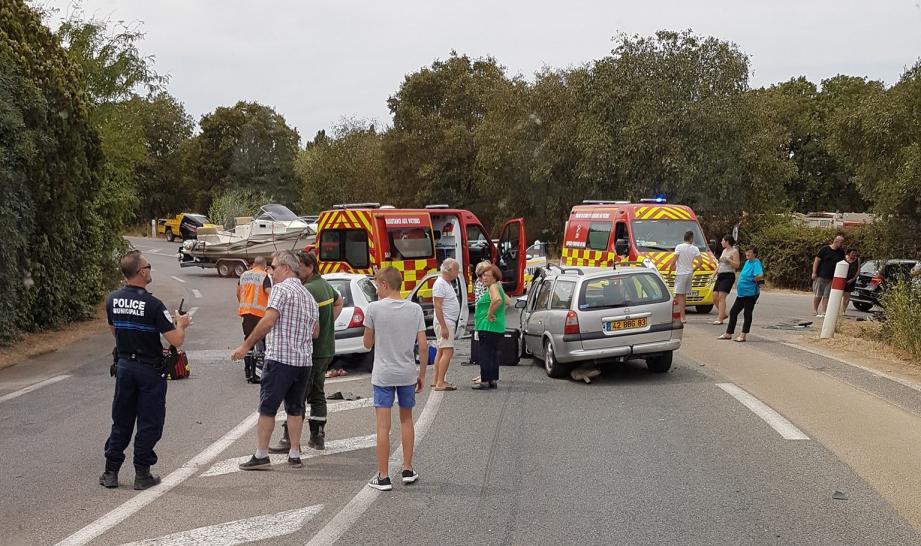 L'accident s'est produit vers h. La circulation a été rétablie dans le courant de l'après-midi.