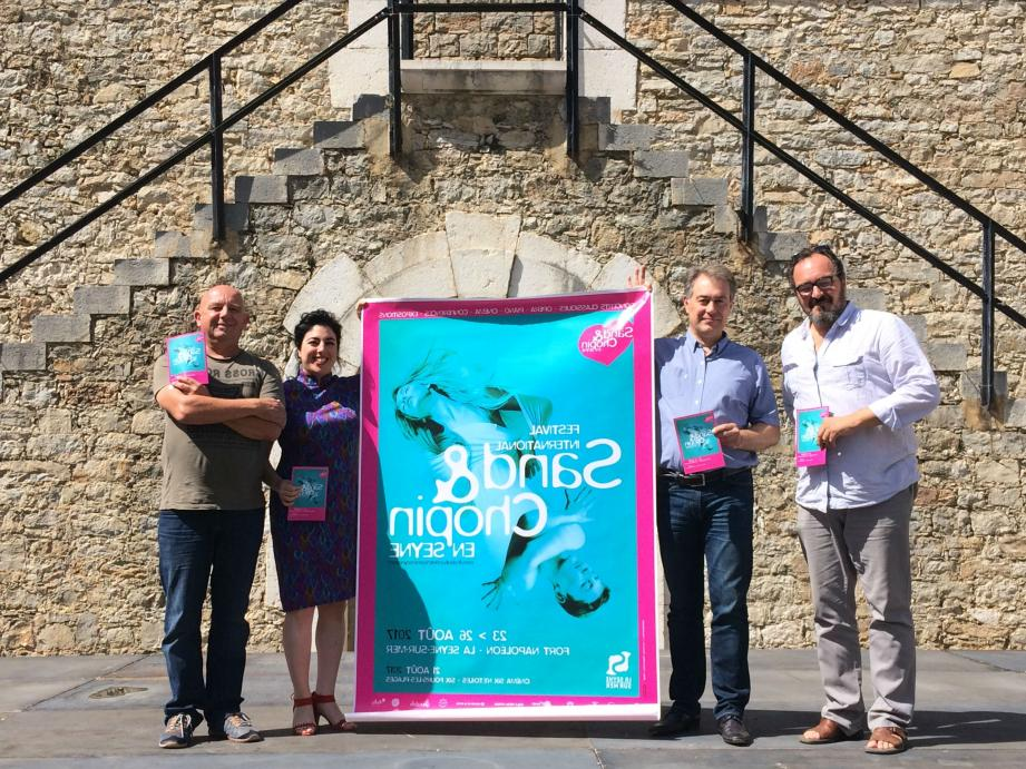 """Eric Marro, Gabriel Boz, Chrystelle Di Marco et Jean-Christophe Vila présentent le festival """"Sand & Chopin"""" au fort Napoléon."""