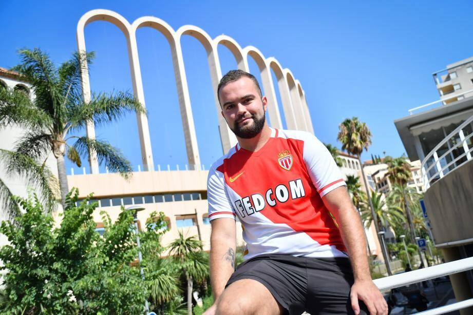 Supporter de l'AS Monaco depuis ses 5 ans, Aurélien est au Louis-II comme à la maison.