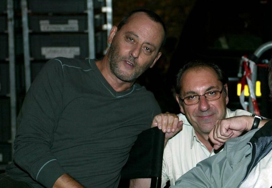 Alain Berberian aux côtés de Jean Reno, lors du tournage de l'Enquête Corse.