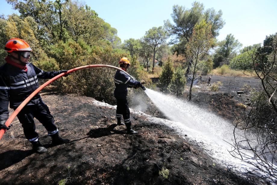 L'incendie à Boulouris a rapidement été maîtrisé.