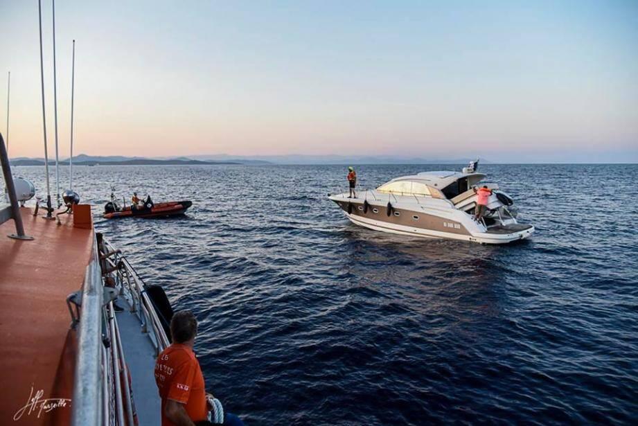 Guidé par ses bons réflexes, le capitaine a pu maîtriser le sinistre avant l'arrivée des secours