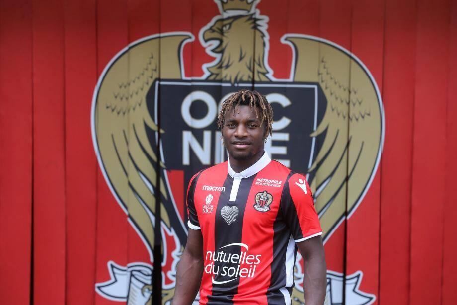 Allan Saint-Maximin a signé une clause de départ sous seing privé avec l'OGC Nice d'un montant de 60 millions d'euros.