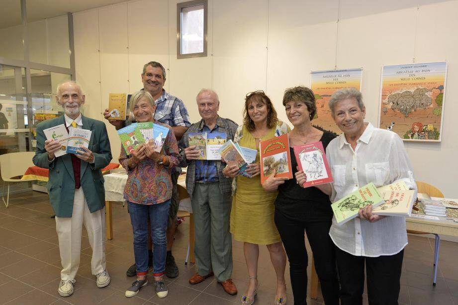 Le salon des auteurs régionaux a attiré les amateurs de livres et de culture locale à la médiathèque, hier après-midi.