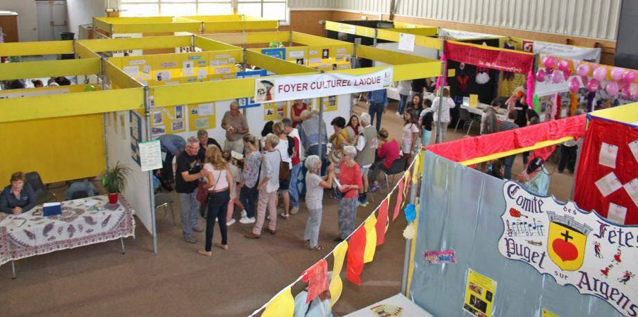 Le forum des associations a réuni beaucoup de monde, dimanche, à la salle Paul-Cavalier.