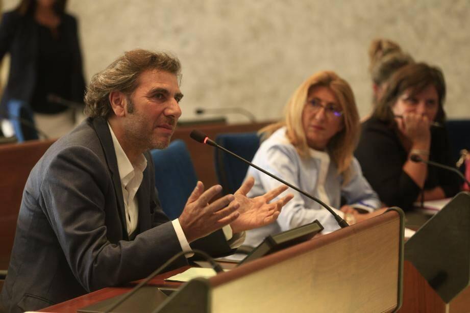 Des commerçants et des représentants de la commune, de la Métropole et d'Altarea étaient présents pour discuter du futur des travaux de Cap 3000.