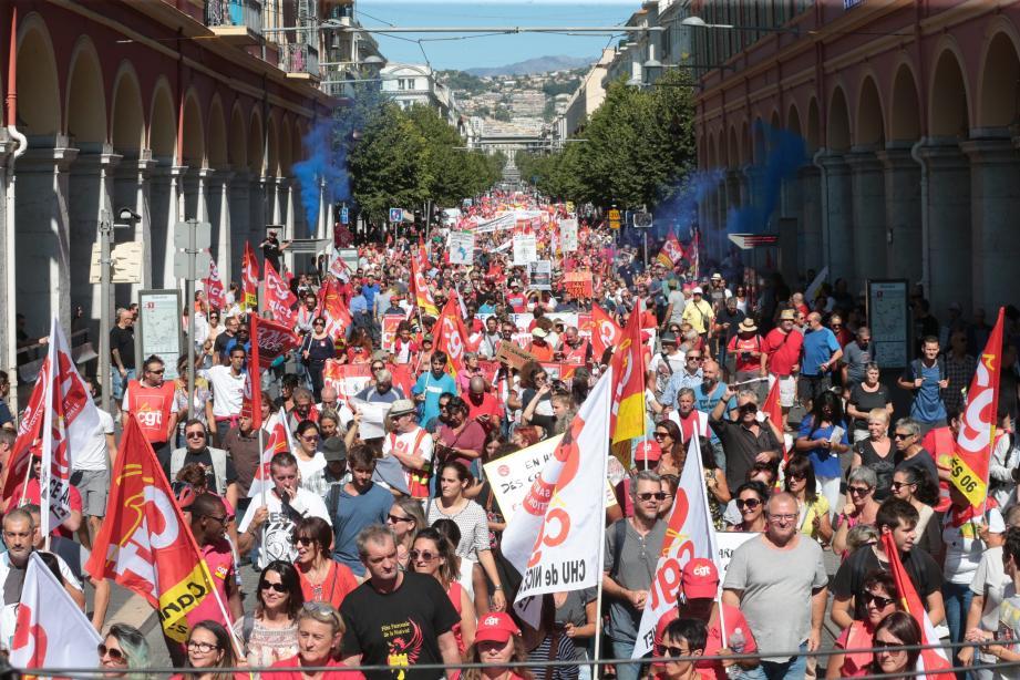 La manifestation est partie, hier matin, de la gare Thiers pour s'achever place Garibaldi. Dans le cortège : entre 2 000 et 5 000 personnes.