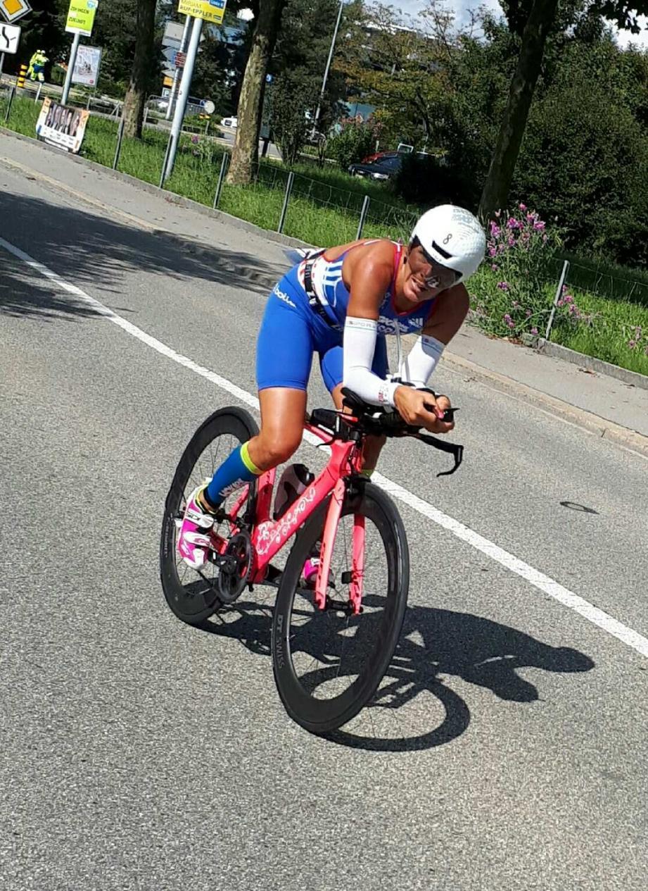 Céline Bousrez en plein effort sur le parcours difficile de Zofingen.