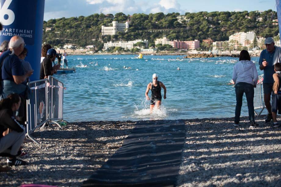 La natation sera la première épreuve de la journée.