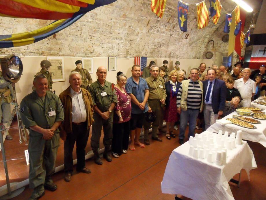 Les animateurs de l'Ambassade de Provence et leurs partenaires ont inauguré vendredi soir leur exposition « Mémoire du débarquement - 15 août 1944 ».