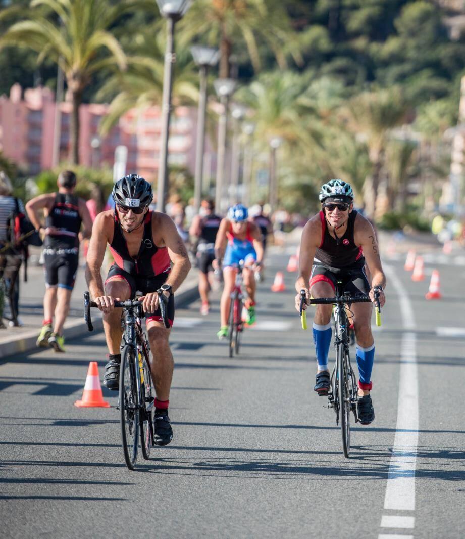 Natation, cyclisme... et course pédestre étaient au menu, hier matin, du 9e triathlon S de Roquebrune.