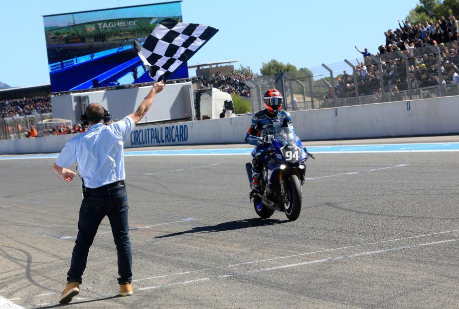 Déjà vainqueur au Mans, à Oschersleben et au Slovakia Ring, Mike Di Meglio a achevé sa première campagne en endurance et sa découverte du Bol d'Or en beauté, hier. Pas mal, le « débutant »...