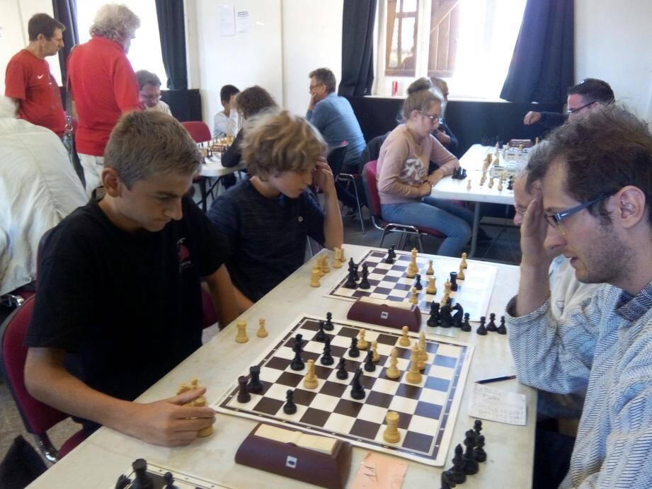 Beaucoup de concentration  lors de ce tournoi.