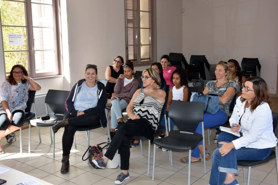 Lors de la dernière assemblée générale, les mamans membres de l'association ont approuvé le bilan de l'année scolaire écoulée mais également la préparation d'accompagnement de la nouvelle année.