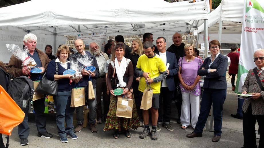 Les vainqueurs ont reçu leurs prix lors de la foire aux bestiaux à Beuil.(DR)