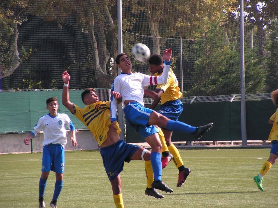 Les Toulonnais ont été déficients dans le jeu, mais pas en termes d'engagement physique.