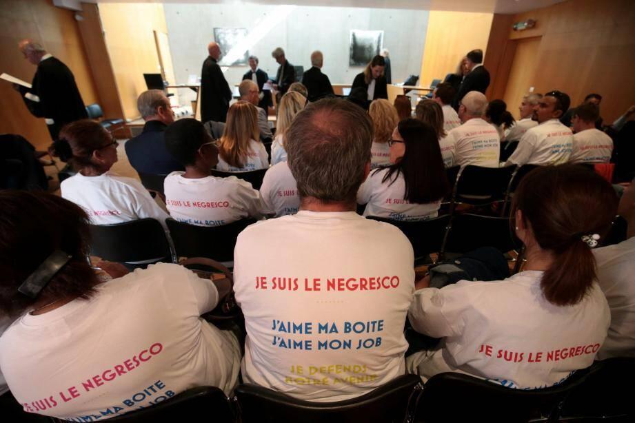 Les salariés du Negresco se sont rendus en délégation au tribunal.