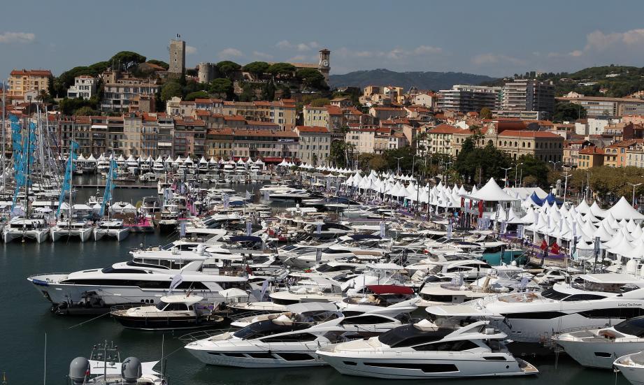 Le Cannes Yachting Festival est un salon nautique organisé annuellement à Cannes, dans le département des Alpes-Maritimes en région Provence-Alpes-Côte d'Azur en France depuis 1977.