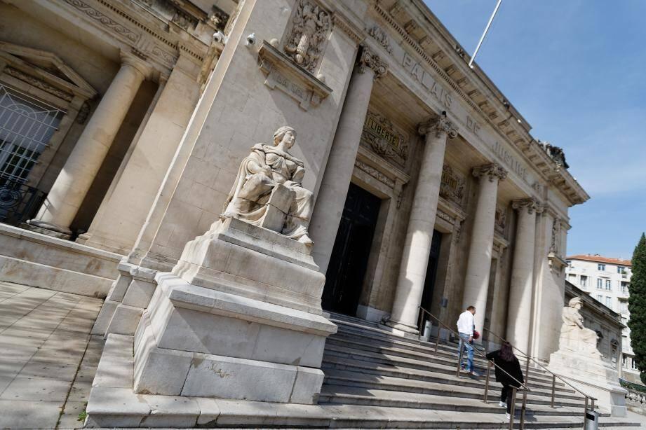 Le tribunal de grande instance à Toulon.