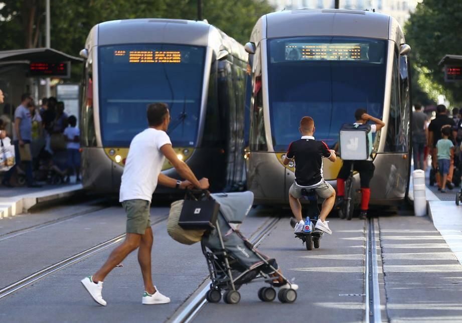 Aucun tramway ne circulera à Nice mardi.