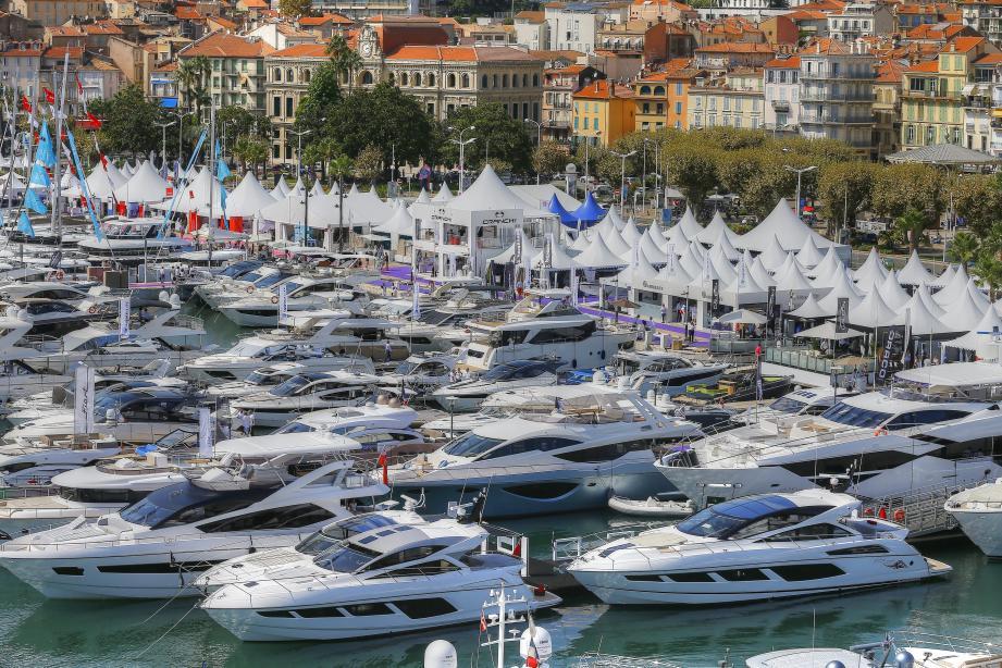Le Festival de la plaisance à Cannes.