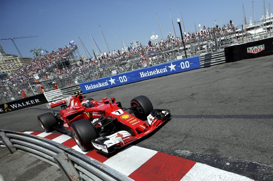 Kimi Raikkonen et sa Ferrari à Monaco.