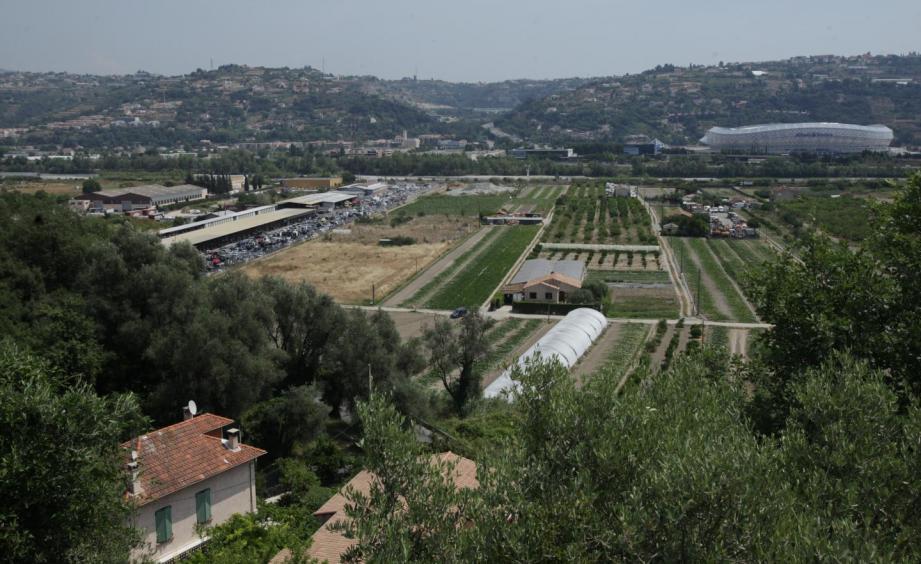 La rive droite du Var devrait bientôt accueillir une prison de 650 places.