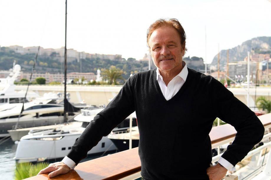 L'équipe tournera trois émissions ce samedi à la Villa Paloma qui seront diffusées à partir du 21 octobre, chaque samedi sur TV5 Monde.