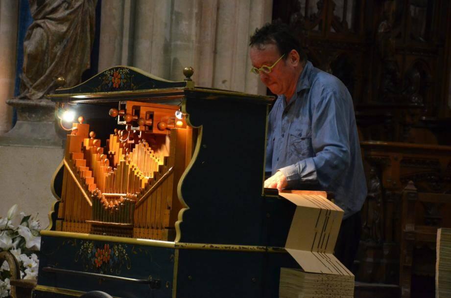 Patrick Mathis actionnera l'orgue de Barbarie. (DR)