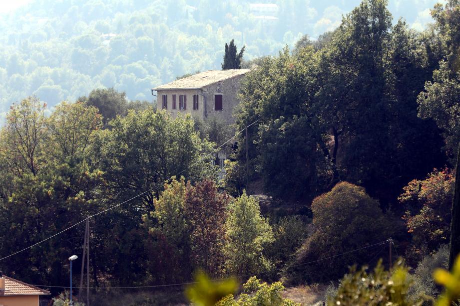 Depuis juillet la maison Saint-Louis accueille les mineurs isolés en transit au village.