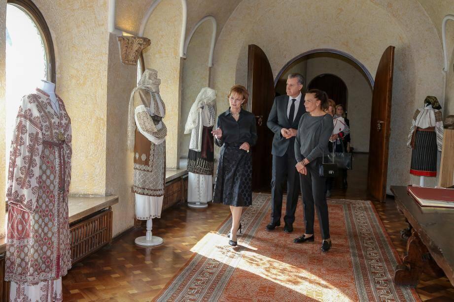 Au palais Elisabeta, la princesse a rencontré la princesse Margareta et le prince Radu.