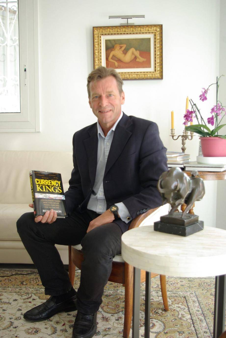 Avec son livre, l'Ecossais Ben Robson décode en anglais le colossal marché des changes et déboulonne les fantasmes qui l'entourent.