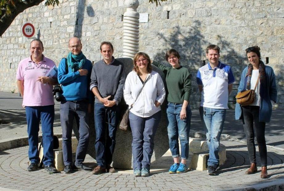 Pour le PNRPA : Elisabeth Gallien et Cyril Gins; pour l'Observatoire photographique, Frédérique Mocquet, Marie Legal et Geoffroy Mathieu.