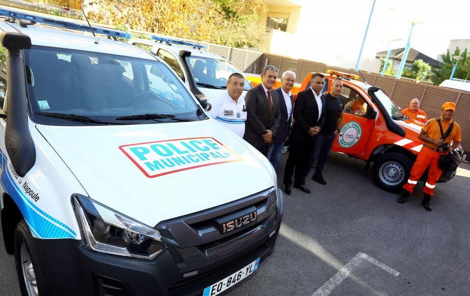 Henry Leroy et Sébastien Leroy étaient présents pour la remise des véhicules à la police municipale et au CCFF.