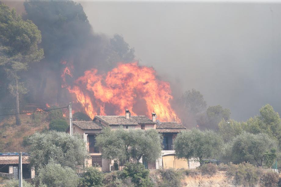 L'incendie de Castagniers, en juillet dernier.
