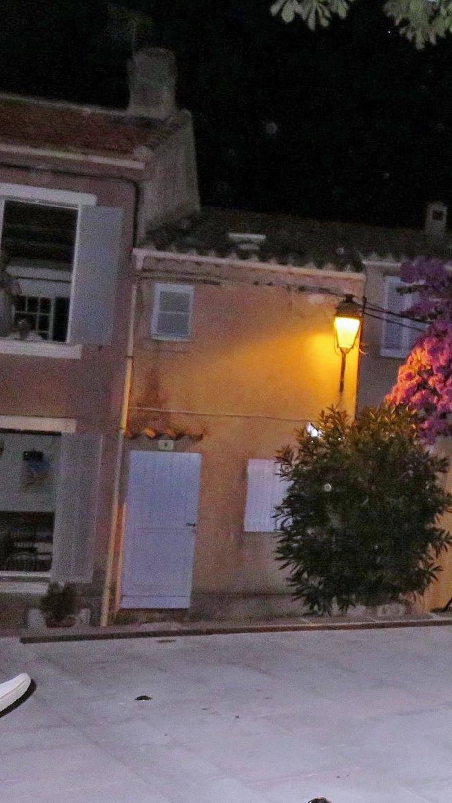 L'éclairage public sera maintenu au centre du village en intensité réduite.