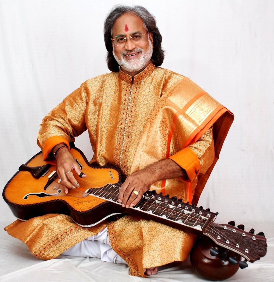 Le musicien Vishwa Mohan Bhatt, grand ambassadeur de la musique traditionnelle et moderne indienne. (DR)