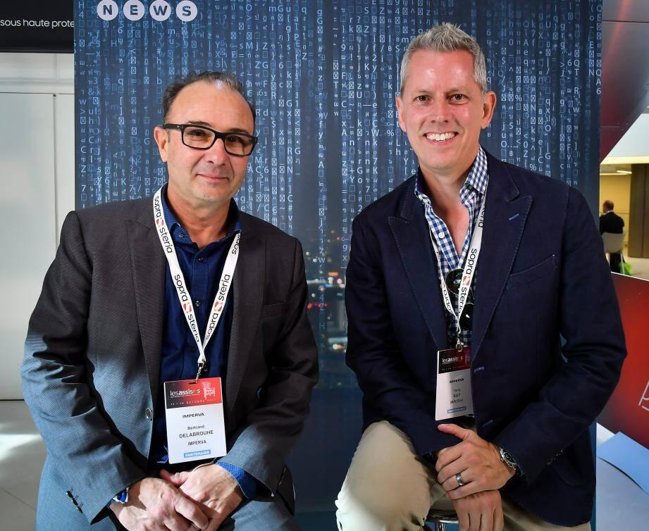 Bertrand de Labrouhe et Terry Ray, de la société Imperva,  spécialisée en prévention de cyber-attaques.
